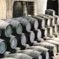 Tradycyjne beczki do starzenia wina | Fot. W. Gogoliński