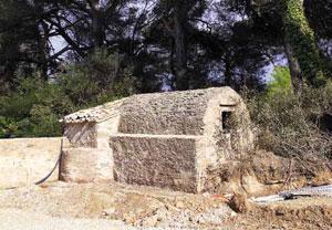 Château de l'Horte - po ogrodzie pozostał oryginalny system nawadniania/Fot. S. Kamiński