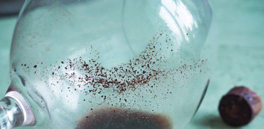 Niegroźne kryształki | kamień winny | osad w winie