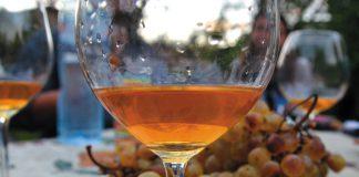 Wino pomarańczowe | fot. W. Bosak