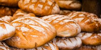 tradycyjny polski chleb | ©Curioso/shutterstock