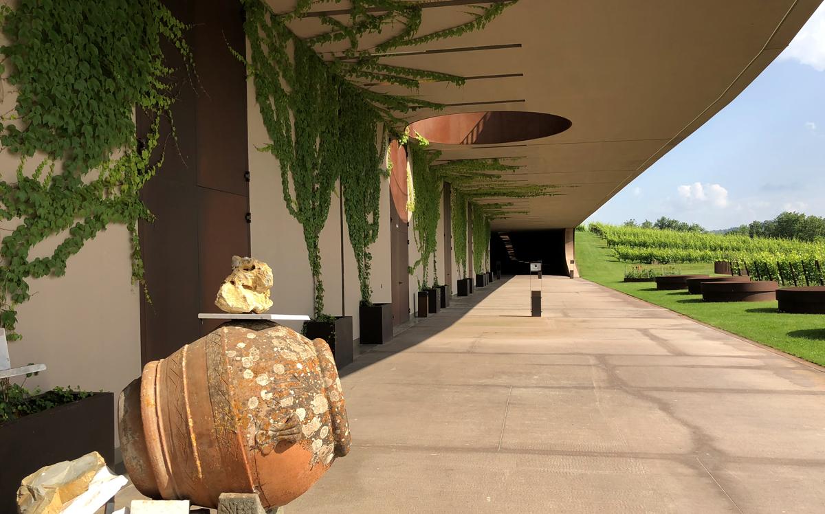 siedziba Marchesi Antinori, widok na posiadłość i winnice, 2018 | fot. P. Gąsiorek