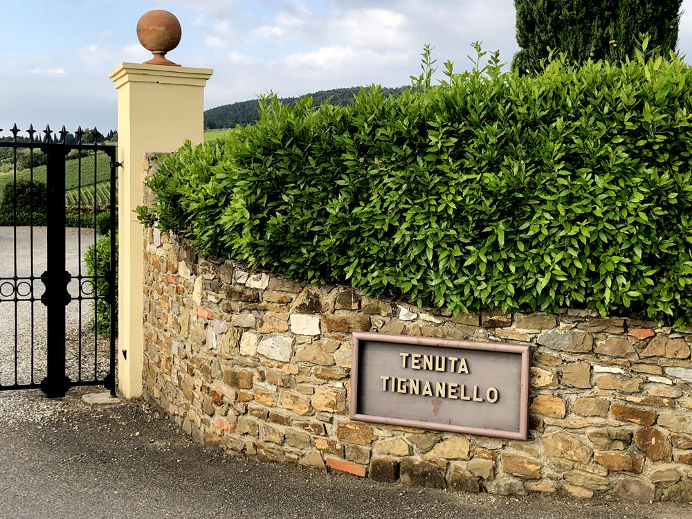 brama posiadłości Tignanello, 2018 | fot. P. Gąsiorek