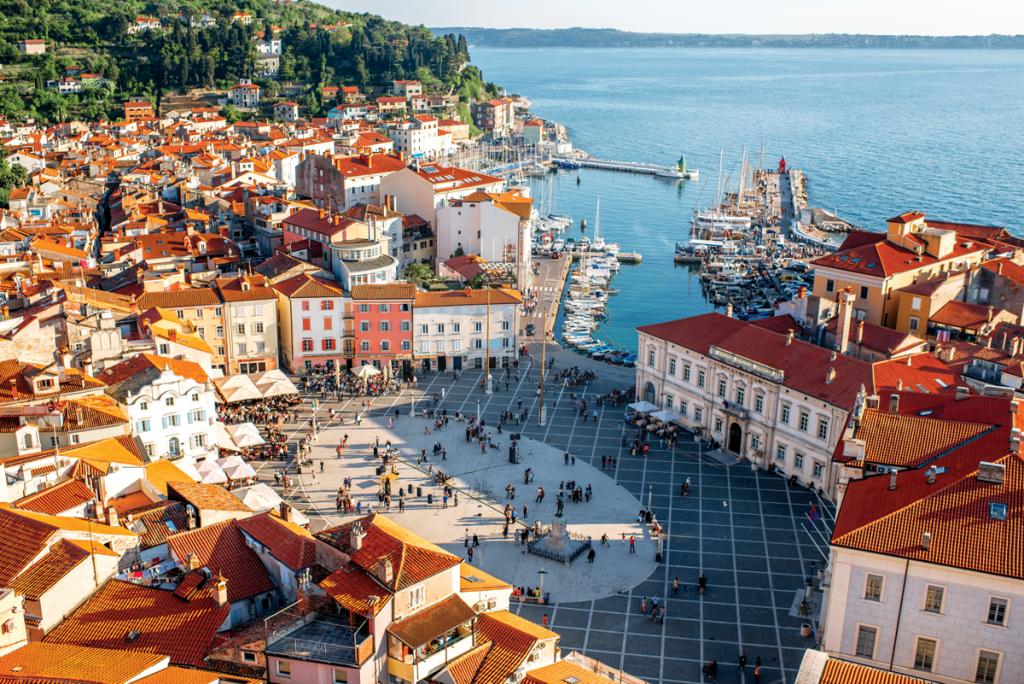 miasto Piran uwybrzeży Adriatyku | fot. RossHelen