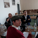 Blogerzy w czasie zamkniętej degustacji prowadzonej przez Michała Bardela | fot. M. Szymczyk