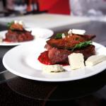 Rostbef z ognia, czyli po prostu mięso od Portoyana | fot. Czas Wina