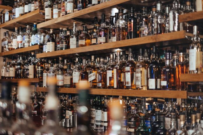 Whisky – co każdy wiedzieć powinien