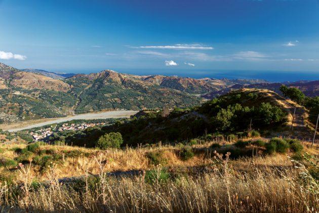 widok na San Lorenzo, Kalabria, Włochy
