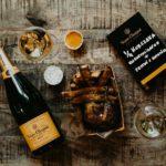 Kur i Wino – Ćwiartka kurczaka kukurydzianego z frytkami z batatów