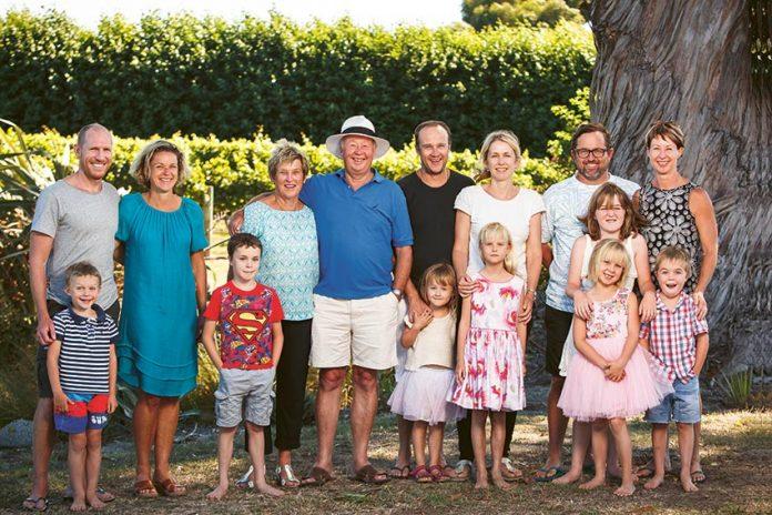 Judy i Neal Ibbotson z rodziną