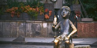 Tamada, pomnik w Tbilisi