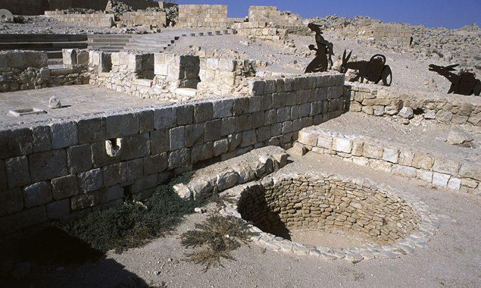 Ruiny starożytnej winiarni | fot. W. Gogoliński