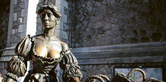 Pomnik Molly Malone w Dublinie