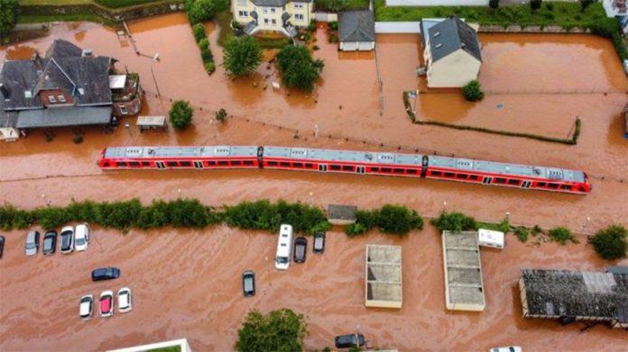 Ahr pod wodą